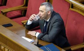 Верховная рада согласилась на отставку генпрокурора Украины