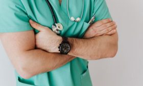 Врач-терапевт Водовозов: Герпес не защитит от коронавируса