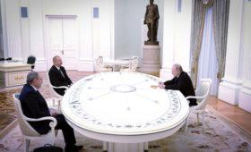Путин, Алиев и Пашинян приняли заявление о Карабахе
