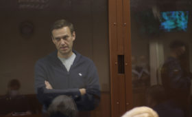 Навальный сравнил заключение с космическим путешествием
