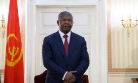Экс-богатейшая женщина Африки пожаловалась в суд на президента Анголы