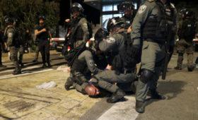 Число пострадавших при столкновениях в Иерусалиме превысило 200 человек