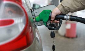 В России заработала новая формула расчета цены бензина