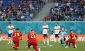 «Русские, молодцы!»: британцы восхитились сборной России, отказавшейся преклонять колени