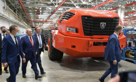 Факти (Болгария): КамАЗ раскрыл детали о двигателе — «убийце» БелАЗа