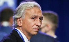 Пойдётли Дюков против Путина?